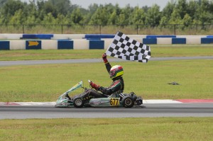 'Mad' Max Papis took the checkered flag in the Masters Max (Photo: Ken Johnson - Studio52.us)