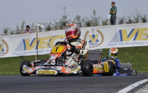 Max Verstappen (CRG-TM) grabbed the pole position of the first round of the CIK-FIA World KF Championship in Brandon (UK).
