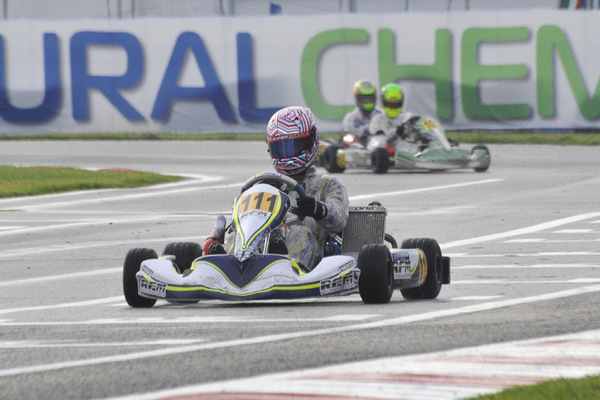 Ticktum (FA Kart-Vortex) won all three of his heat races.