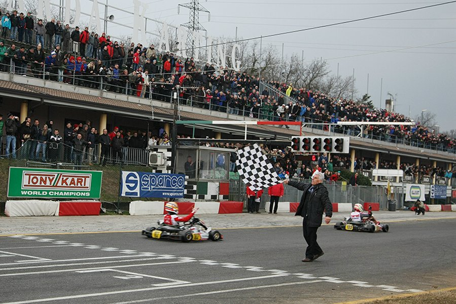 KZ2 arrive of the 2013 Winter Cup, race won by Charles Leclerc from Ben Hanley to Davide Forè (Photo FM Press)