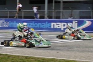 Camponeschi and Ardigo going head to head (Photo: Press.net Images)