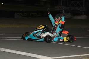Bas Lammers crossing the line for victory in the DD2 class (Pic: Coopers Photography)