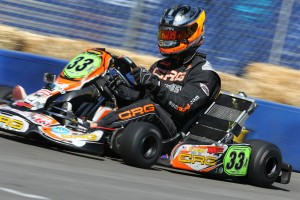 Rob Logan was awarded the heat race win in S4 after Darren Elliott was penalized for jump start (Photo: dromophotos.com)