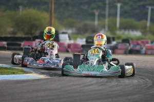 Nick Brueckner leads Sting Ray Robb in the Junior Max championship chase (Photo: SeanBuur.com)