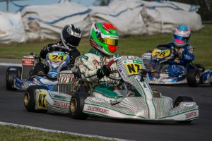 Cranston (NZ) leads local driver Cameron Spargo (#24) and Madeline Stewart (#28) from Wellington (Photo: Fast Company/Vicky Jack)