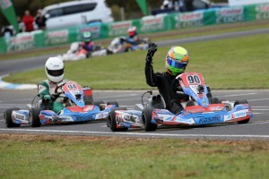 Reece Sidebottom crossing the line to win KF3 (Pic: Coopers Photography/Davidson)
