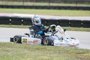 Bryce Boada closes his gap to the Junior Max points leader