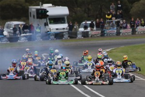 The drivers in the KZ2 class will reach speeds in excess of 120 km/h around the Dubbo circuit (Photo: Coopers Photography)