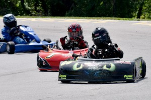 Blake Boon leads Joey Cline in LO206 Cadet  (Bruce Walls photo)