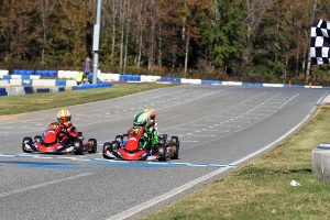 Cade Jaeger won the drag race to the line in Micro Swift (Photo: EKN)